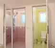 тоалетна и баня към стая №1